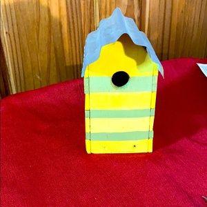 A real birdhouse